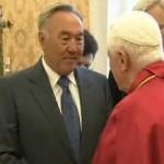 Бенедикт XVI принял Нурсултана Назарбаева