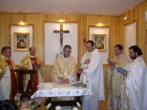 Священники Севера служат Мессу со своим Владыкой