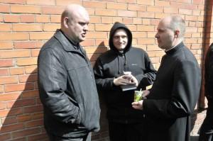О. Антон Гсель с молодыми священниками