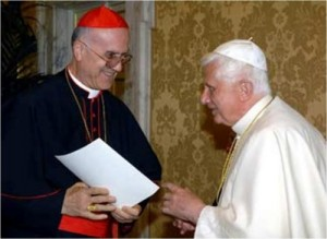 Кардинал Бертоне с Папой Бенедиктом XVI