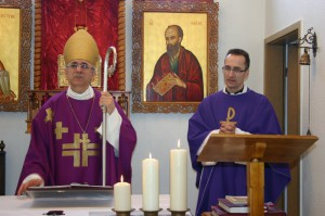 Епископ Иосиф Верт и настоятель прихода в Куйбышеве о. Дитмар Зайфферт