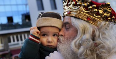 Католический мир отмечает торжество Богоявления («Трех царей»)
