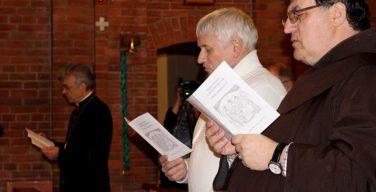 В Новосибирске представители различных конфессий помолились о единстве христиан