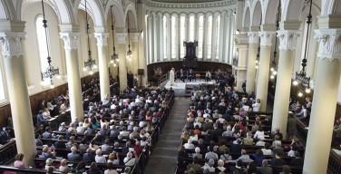 Папа Римский впервые в истории посетил храм христиан-вальденсов и попросил у них прощения (+ ВИДЕО)
