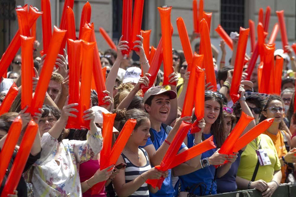 Встреча Папы Франциска с 90 тысячами молодых людей на площади Витторио в Турине (ФОТО)