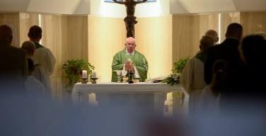 Папа: без помощи Бога мы не можем сделать ни одного шага