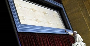 Angelus в Турине на площади Сан-Витторио: Плащаница – икона Божьей любви к людям