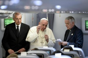 Pope on way back from South America tour