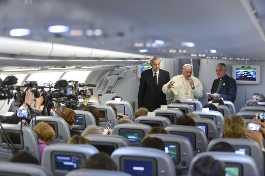 Пресс-конференция Папы Франциска на борту самолета: меня не волнует манипулирование моими словами