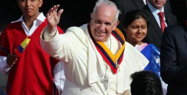 Папа Франциск прибыл в Эквадор