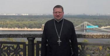 После тяжелых огнестрельных ранений скончался киевский священник