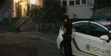 Киев: состояние раненного двумя выстрелами в голову священника остается критическим