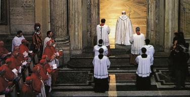 Впервые проход через Святые врата в соборе святого Петра в Ватикане, во время Юбилейного года Милосердия, будет осуществляться по билетам