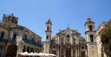 Куба пересматривает и укрепляет отношения с Католической Церковью. Начато строительство новых храмов
