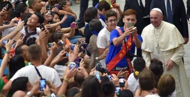 Папа — участникам всемирной встречи Молодёжного Евхаристического Движения: решать конфликты, уважая другого