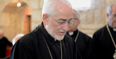 Армяно-католический священник объяснил, почему главой Церкви был избран епископ на покое
