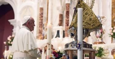 Молитва Папы Франциска к Пресвятой Деве Эль-Кобре: «Собери народ Свой, рассеянный по миру»