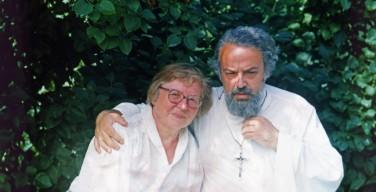«Слово живо». Ольга Филина встретилась с родными убитого 25 лет назад священника Александра Меня
