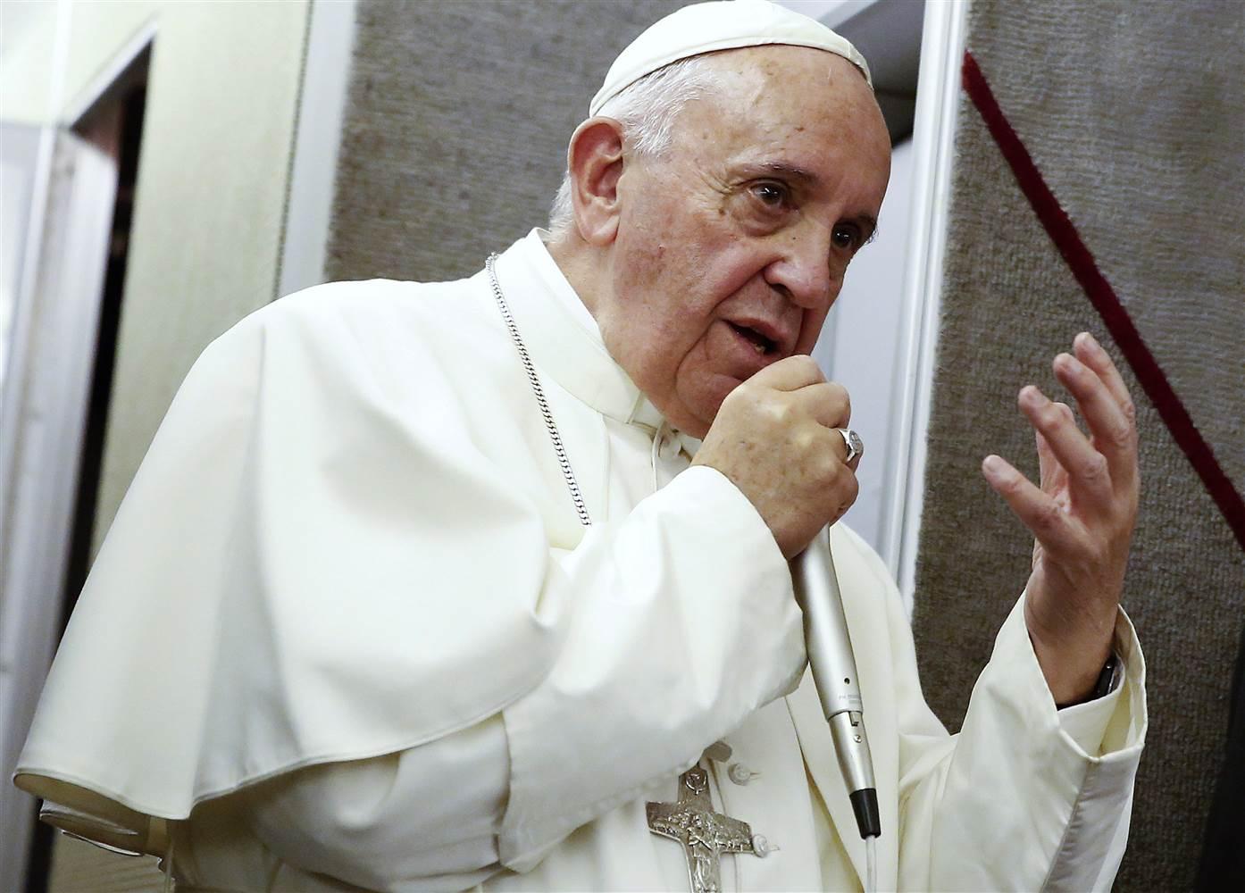 Пресс-конференция Папы Франциска на борту самолёта