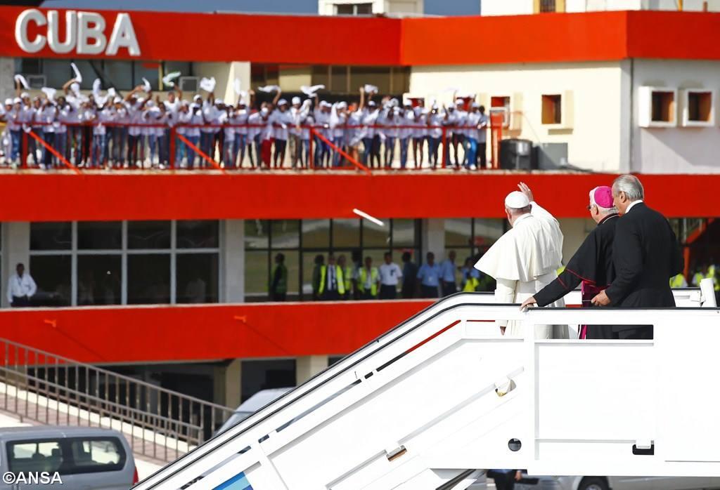 Последние фото на Острове Свободы — Папа в Сантьяго-де-Куба
