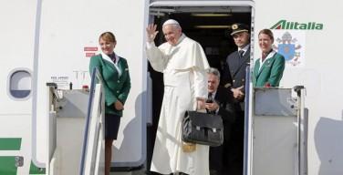 Папа Франциск начал путешествие на Кубу и в США