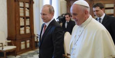 СМИ: Папа Франциск и Владимир Путин могут встретиться в Нью-Йорке