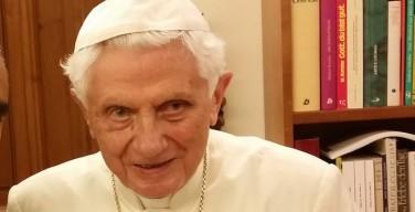 Бенедикт XVI встретился с главным редактором крупнейшей немецкой газеты