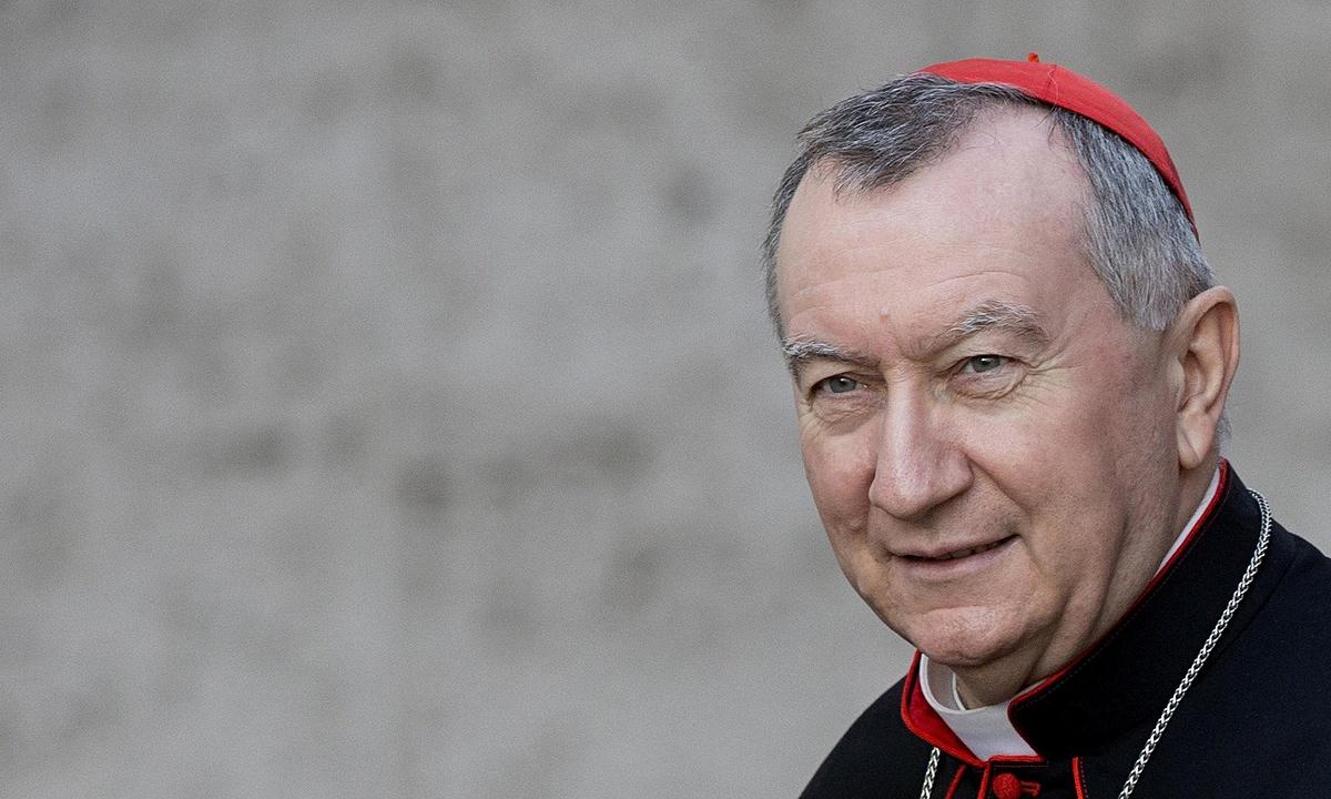Кардинал Паролин: Папа Франциск вскоре выступит с апостольским воззванием по итогам Синода по делам семьи