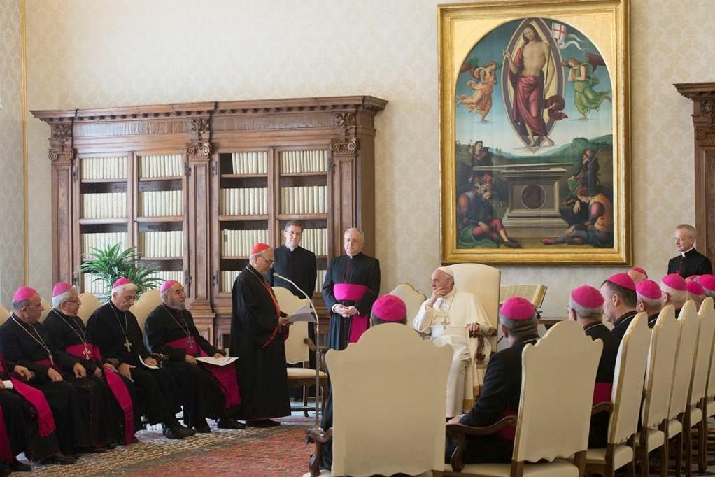 Папа призвал к миру в Ираке и в Сирии
