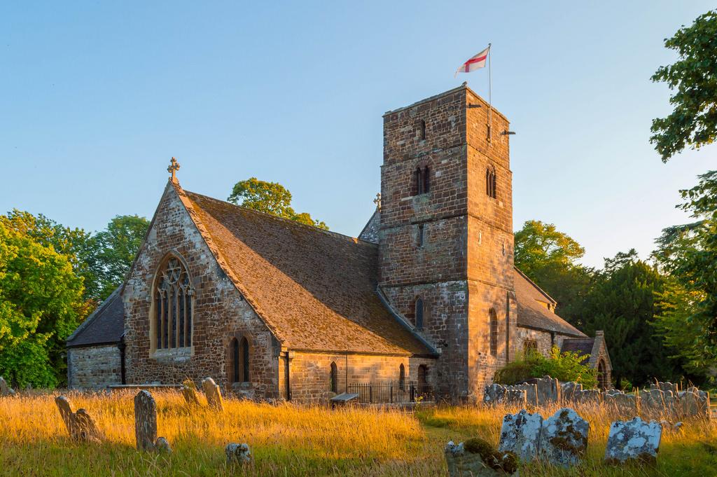 Англия: некоторые церкви будут открыты только на Пасху и Рождество