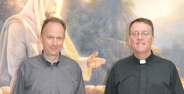 Два провинциальных настоятеля Общества Иисуса в гостях у «Сибирской Католической Газеты»