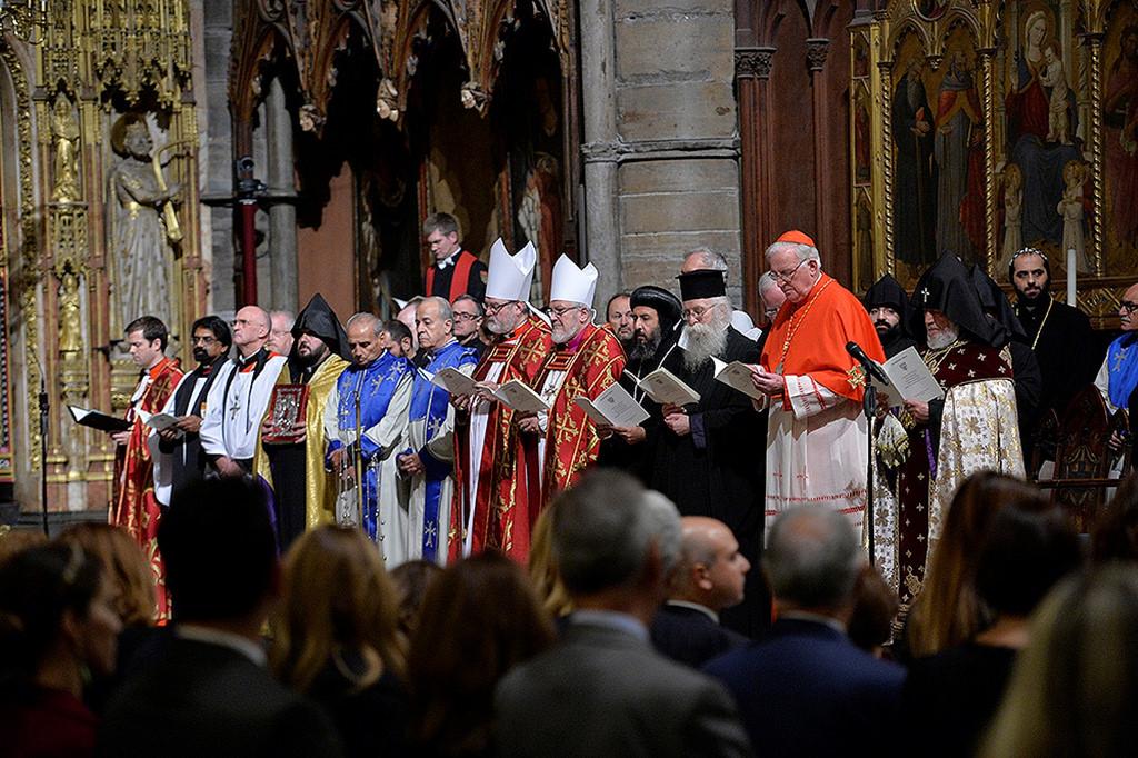 Принц Чарльз в Вестминстерском аббатстве почтил память жертв геноцида армян
