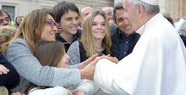 Семья и общество держатся на верности данному слову. Общая аудиенция Папы Франциска 21 октября