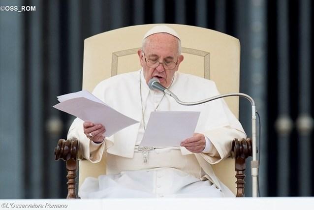 Папа — Христианскому союзу руководителей предприятий: в центре экономики должен находиться человек