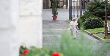 """Почему Церковь не распродает свои сокровища: интервью Папы журналу """"Straatnieuws"""""""
