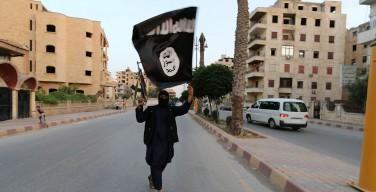 ИГИЛ распространило видео с угрозами устроить теракты в России
