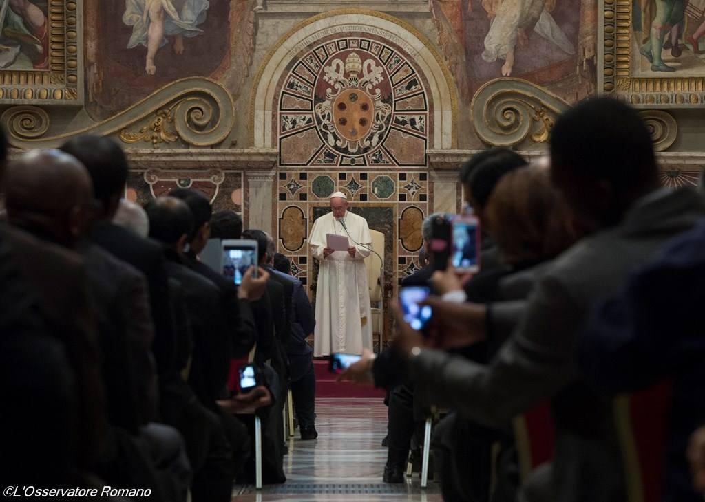 Папа Франциск о современном священстве: Церкви нужны пастыри, а не чиновники
