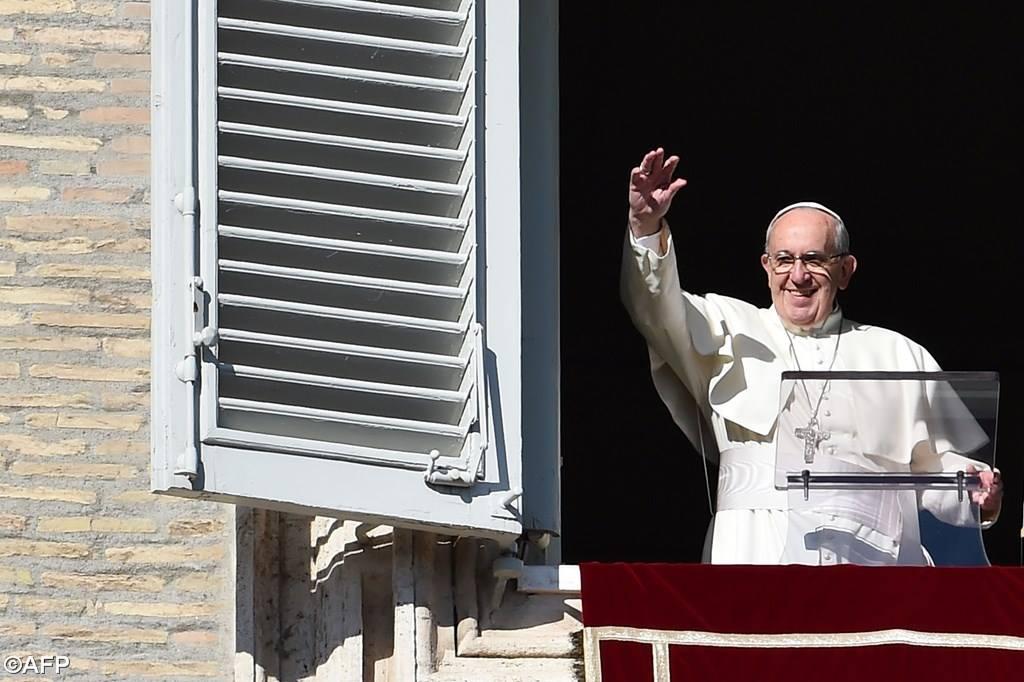 Размышление Папы Франциска на торжество Христа Царя Вселенной перед молитвой Angelus 22 ноября 2015 г.: Христос Распятый – это Царь любви