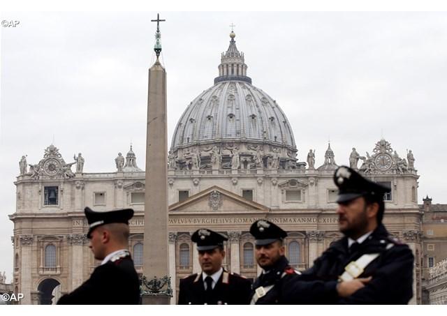 Госсекретарь Ватикана принял участие в совещании по безопасности