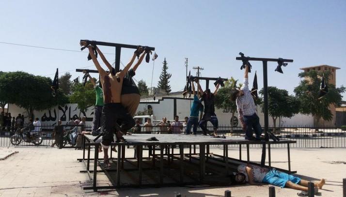 Тысячи мусульман северного Ирака принимают христианство, столкнувшись со зверствами ИГИЛ