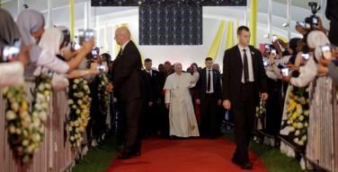 Папа Франциск выступил в Найроби перед священниками и монашествующими