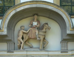 Статуя святого Мартина в Хехстерском замке