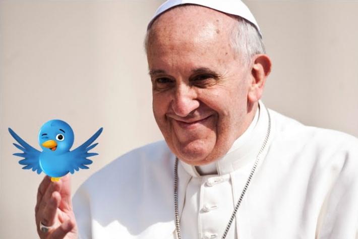 СМИ: «Первое селфи» Папы Римского в Instagram взорвало Интернет