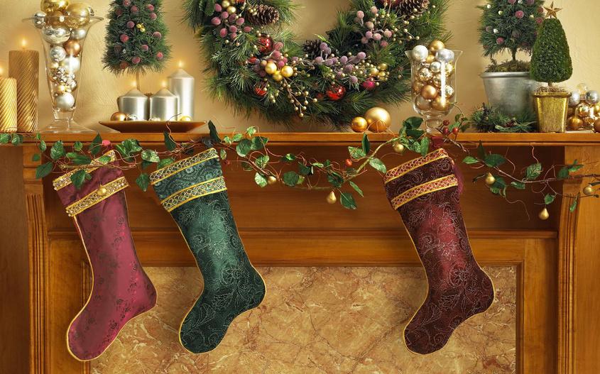 Украшаем дом к Рождеству и зимним праздникам: 10 простых идей для интерьера