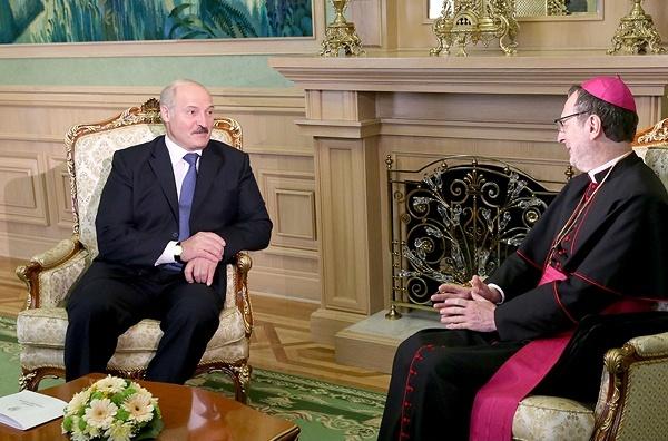 Лукашенко видит большие перспективы в сотрудничестве с Ватиканом