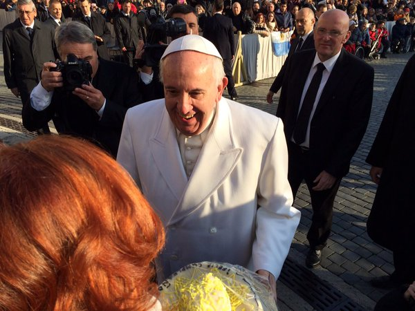 Папа Франциск на общей аудиенции в среду 16 декабря: мы призваны стать знаком Божией любви