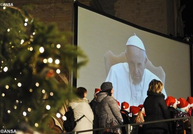 Папа: Рождество — это время прощения