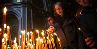 Панихида по погибшим в крушении А321 прошла в Исаакиевском соборе
