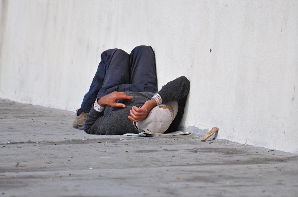homeless-1070399_960_720-1