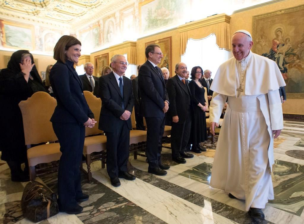 Папа: биоэтика требует смирения и реализма